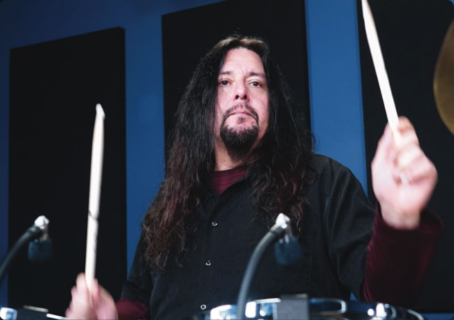 GENE HOGLAN, an instructor for Drumeo.