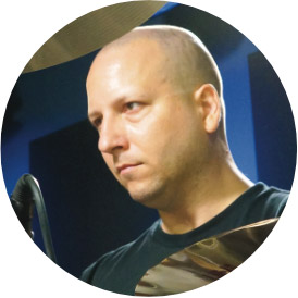 Gergo Borlai, an instructor for Drumeo.